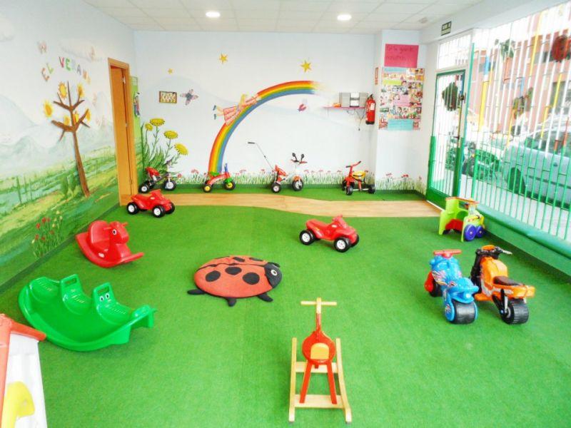 C.E.I. (Centro de educación infantil) La Mariquita - 1