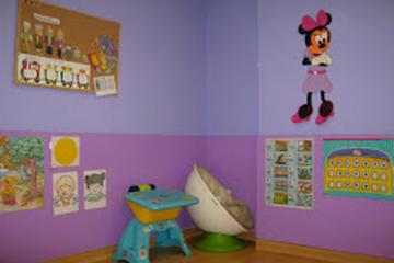 C.E.I. (Centro de educación infantil) La Locomotora - 3
