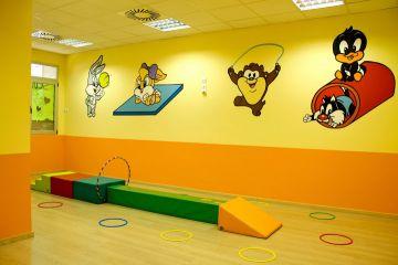 C.E.I. (Centro de educación infantil) Pekeños Magos - 2